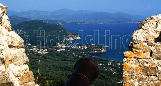 Εκπληκτική θέα από το κάστρο της Ανθούσας