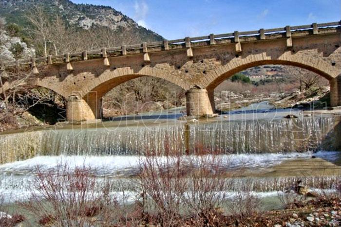 Το γεφύρι του Στενού