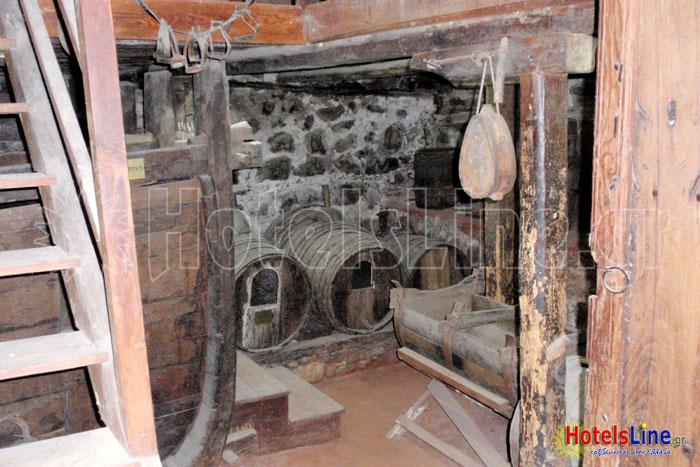 Βοηθητικοί χώροι, βαρέλια για την φύλαξη του κρασιού