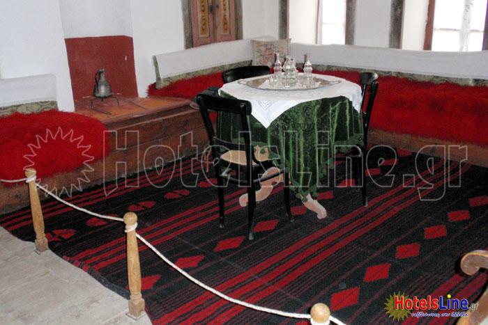 Σαλόνι στο οποίο κάθονταν κυρίως οι γυναίκες