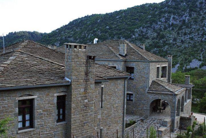 KAMARES HOTEL