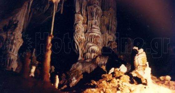 Σπήλαιο Πολύδροσου