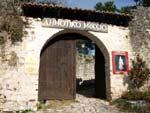 Ηπειρος, νομός Ιωαννίνων, Ιωάννινα, η είσοδος του Δημοτικού Μουσείο στο κάστρο