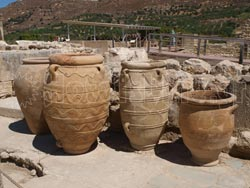 Findings from archaeological site of Knossos