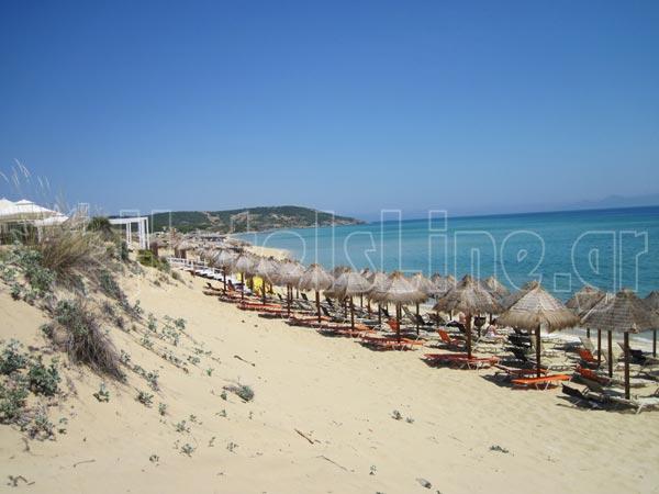 Η παραλία Αμμόλοφοι