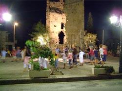 Σκουτάρι Λακωνίας στη Λακωνική Μάνη. Εορταστικές εκδηλώσεις στην πλατεία του χωριού