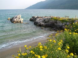 Σκουτάρι Λακωνίας στη Λακωνική Μάνη. Παραλία του Σκουταρίου