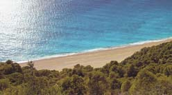 The astonishing beach of Egremnoi