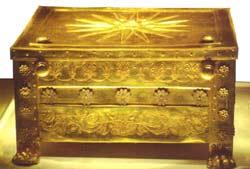 Χρυσή λάρνακα από τον τάφο του Φιλίππου Β'
