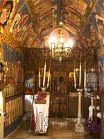 Μερική άποψη του εσωτερικού του ναού της Μονής Φανερωμένης.