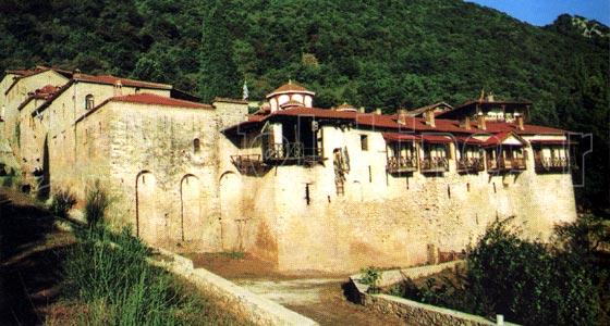 Ιερά μονή Αγίου Βησσαρίωνος στο Δούσικο