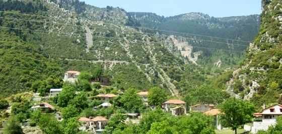 Χωριά Αγράφων Ευρυτανίας, Μοναστηράκι Ευρυτανίας